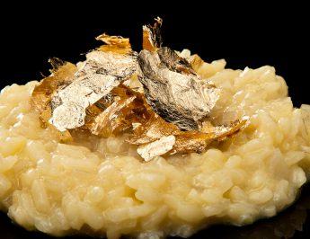 Risoto milanês com folhas de ouro - Modernist Cuisine