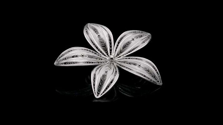 Pingente de Flor - Filigrana - Thais Guarnieri